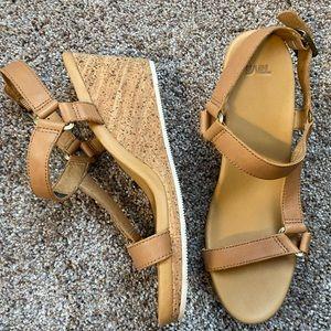 New Teva sandals